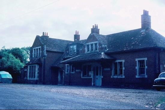 droxford_railway_station_(1968)_01