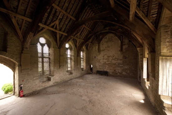 Stokesay_Castle-21_(5738169762)